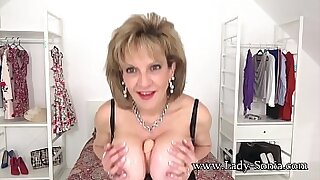 Brazzers xxx: Lady Sonia uses her toys to see audio great tits