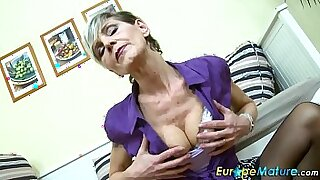 Brazzers xxx: Bigtitted Granny gets solo work