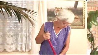 Brazzers xxx: Granny cleaner fucked by young master