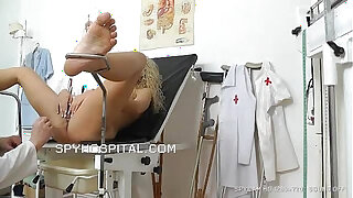 Brazzers xxx: Classy girl at doctor caught on spy cam