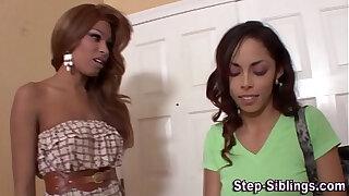 Brazzers xxx: Lesbo ebony stepsis lick
