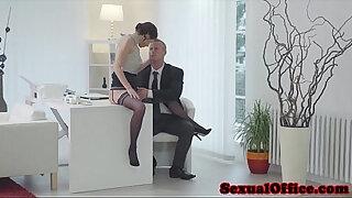 Brazzers xxx: Gorgeous secretary facialized by boss