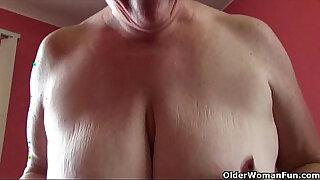 Brazzers xxx: BBW milf Love Goddess rubs her mature clit