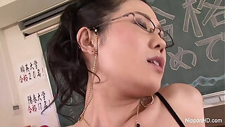 Brazzers xxx: Japanese Teacher Gets his ass Fucked