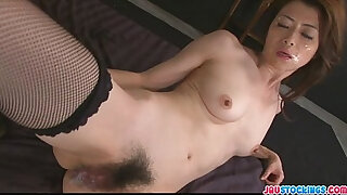 Brazzers xxx: Hot Japanese chick Hojo Maki manhandled