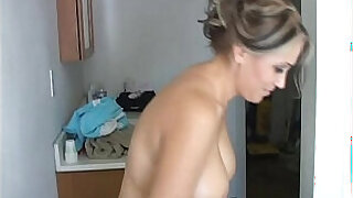Brazzers xxx: Sexy old spunker shaves her pretty pussy and has a nice wank