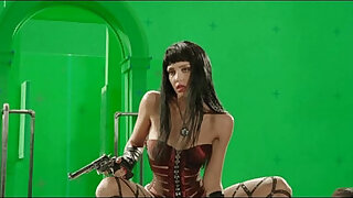 Brazzers xxx: Jessica Alba Stripping Behind The Scenes Green Screen From Sin City