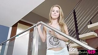Brazzers xxx: Step dad wants a younger brother and a Rosie Perez