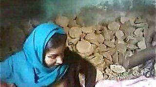 Brazzers xxx: Indian full body kinky couple