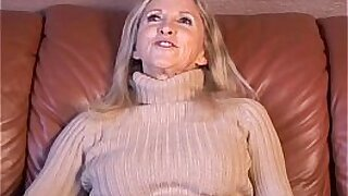 Brazzers xxx: Cute Girl inside Of Her Own Pussy