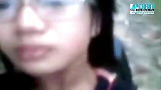 Brazzers xxx: Voyeur Filipina teen caught in public