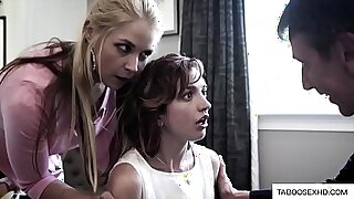 Brazzers xxx: Worker fucks step daughter that is forced to do gang